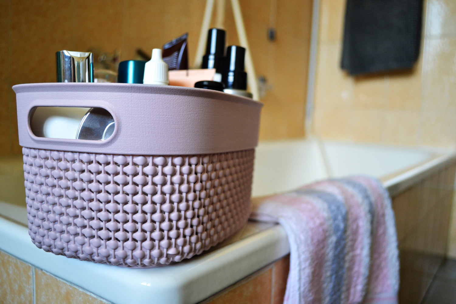 Kis 3 solutions to organize your make up accessories | gallery 1