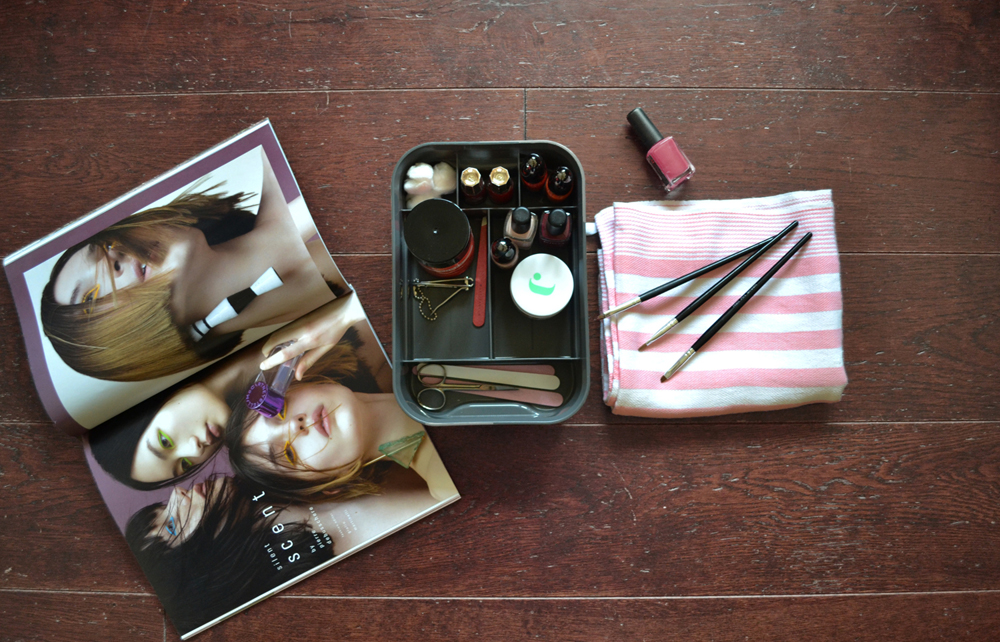Kis 3 solutions to organize your make up accessories | gallery 3