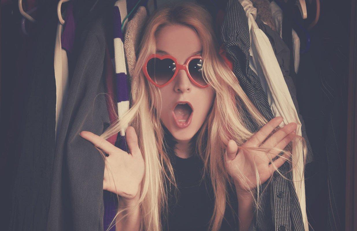 5 étapes faciles à désencombrer votre armoire avant vente-achats
