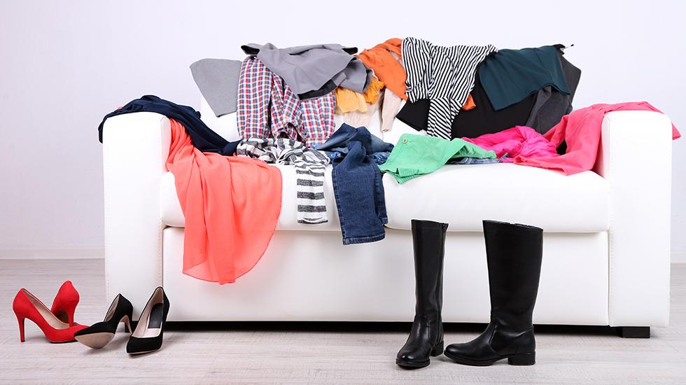 Kis 5 étapes faciles à désencombrer votre armoire avant vente-achats | gallery 1